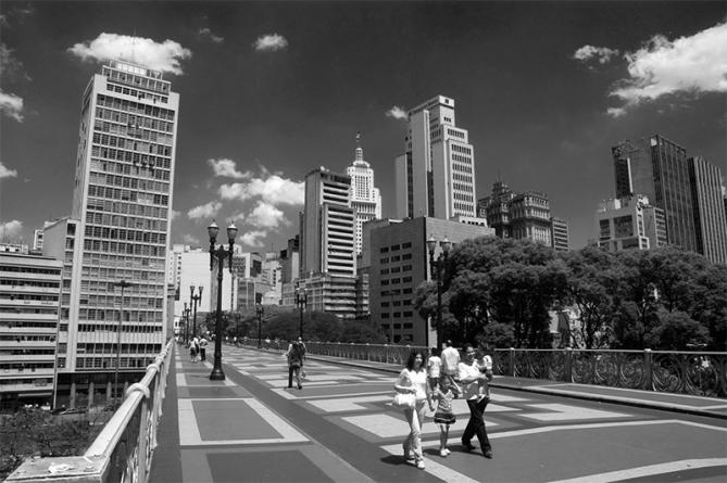 Deixe de sobreviver, passe a viver São Paulo