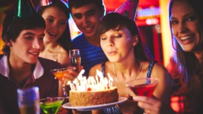 6 lugares para aniversariantes que são criativos fazerem a festa