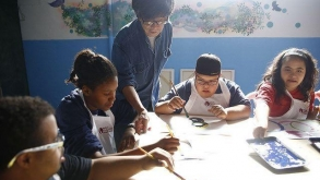 Artista plástico Takashi Fukushima lança livro na Cinemateca Brasileira