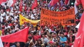 Movimentos sindicais realizam protestos contra a reforma do Temer