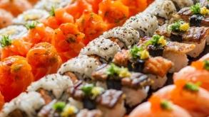5 razões para ficar feliz comendo rodízio japonês do Sarumon