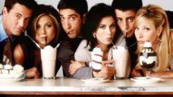 """""""Friends"""" ganha exposição imersiva em celebração a seu 25º aniversário"""