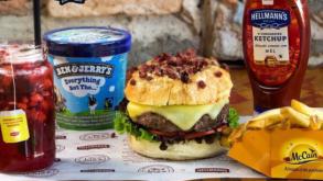 50 hamburguerias de SP oferecem combos por R$25 e R$35