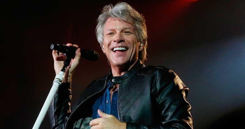 Bon Jovi faz show repleto de hits e encanta os fãs no SPTrip