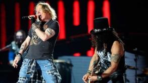 Guns N' Roses ganha exposição de itens históricos em shopping paulistano