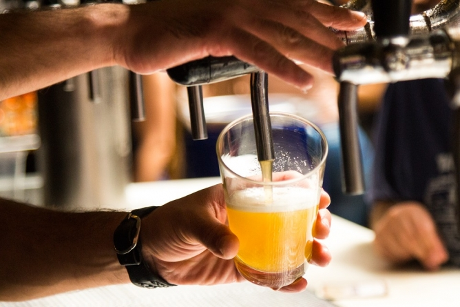 Democraft Beer tem rodízio de chopp no happy hour