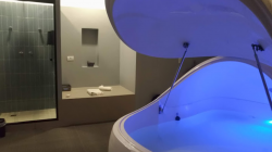 Conheça uma nova opção de relaxamento profundo: flutuar