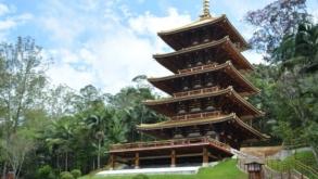 Torre Japonesa construída sem pregos e parafusos