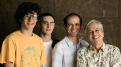 Caetano Veloso e seus filhos protagonizam show em São Paulo