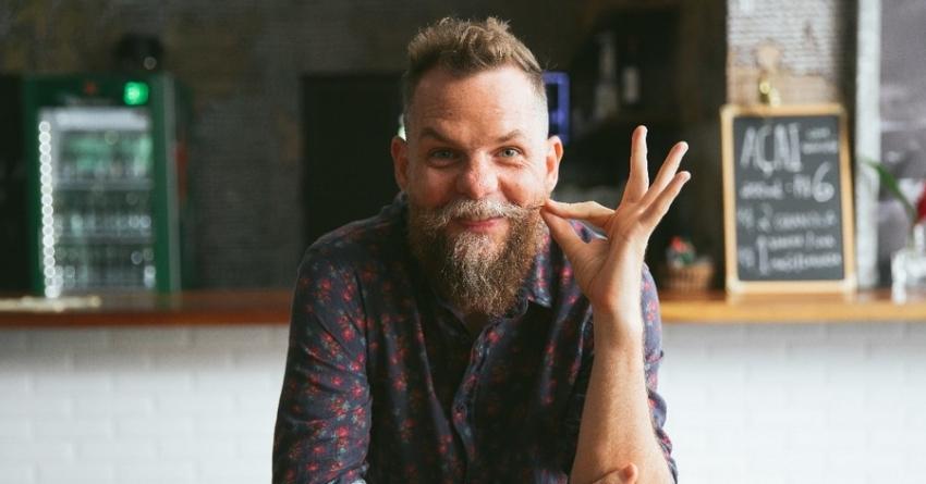 """Marcos Piangers, o """"Papai Pop"""", faz palestra em São Paulo neste mês"""
