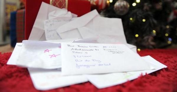 Adote uma cartinha e seja um Papai Noel dos Correios!