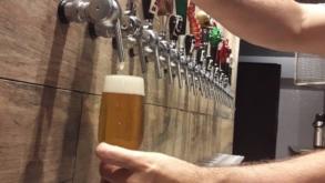 Cervejaria paulistana oferece rodízio de chopps artesanais