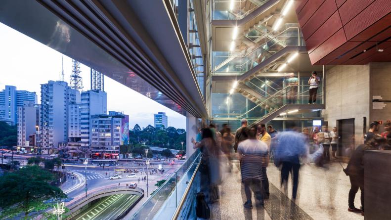 Instituto Moreira Salles terá visitas mediadas em libras