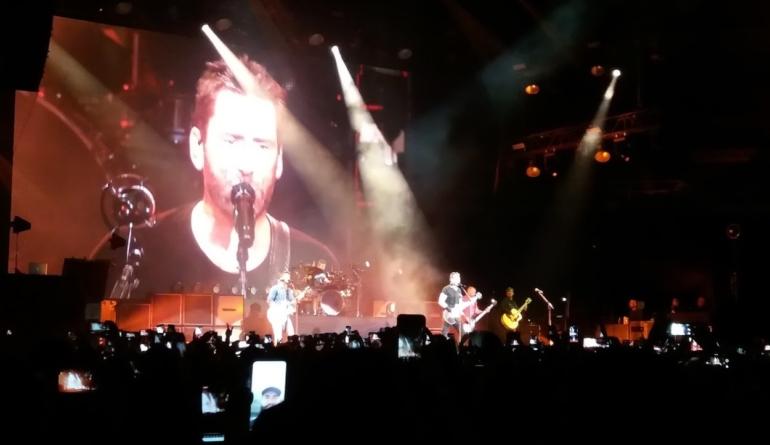 Nickelback e seu rock romântico conquistam o Ginásio do Ibirapuera