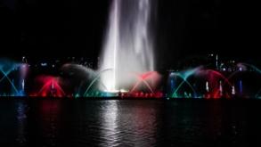 Fonte do Parque Ibirapuera exibe espetáculo especial de Natal
