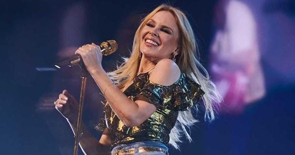 Kylie Minogue vem ao Brasil participar de festival feminista