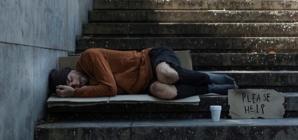 Ação da Prefeitura leva higiene pessoal básica a moradores de rua