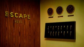 Escape Hotel Live Streaming