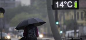 Chuva e frente fria voltam a São Paulo neste fim de semana