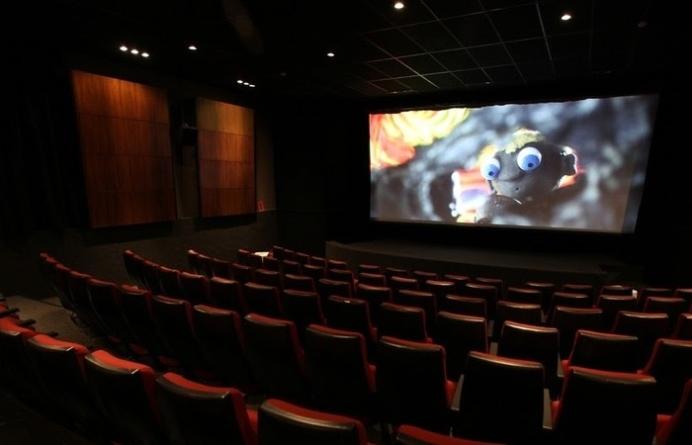 Cinema de Itaquaquecetuba reabre após sete meses fechado