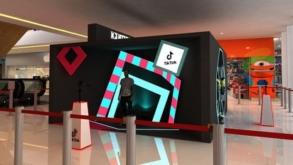 Shopping JK Iguatemi promove ação imersiva com foco no TikTok