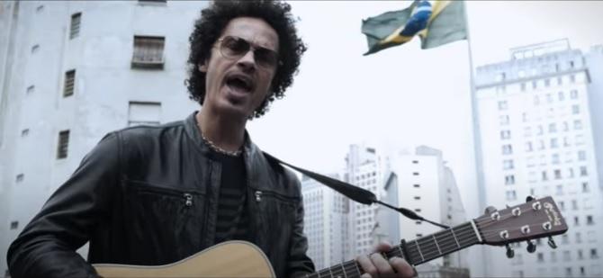 Eagle-Eye Cherry lança clipe gravado nas ruas de São Paulo