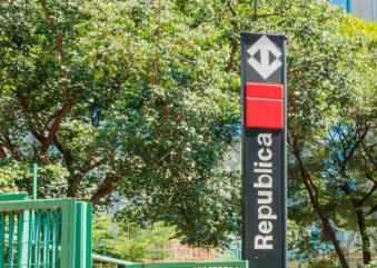 8 passeios que ficam pertinho das estações da linha vermelha do Metrô