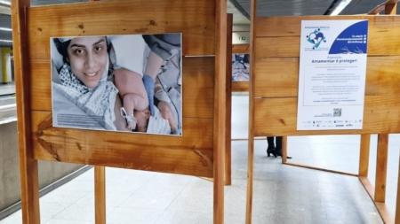 """Exposição """"Amamentar é Proteger"""" está em cartaz na estação República do Metrô"""