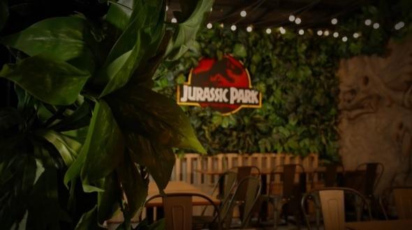 """Hamburgueria temática do filme """"Jurassic Park"""" ganha data de abertura"""