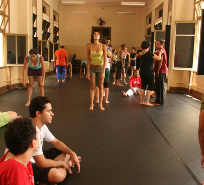 SP Escola de Teatro tem cursos gratuitos de atuação,  direção, humor e outros!