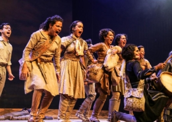 """Teatro TUCA recebe musical """"As Cangaceiras, Guerreiras do Sertão"""" até dezembro"""