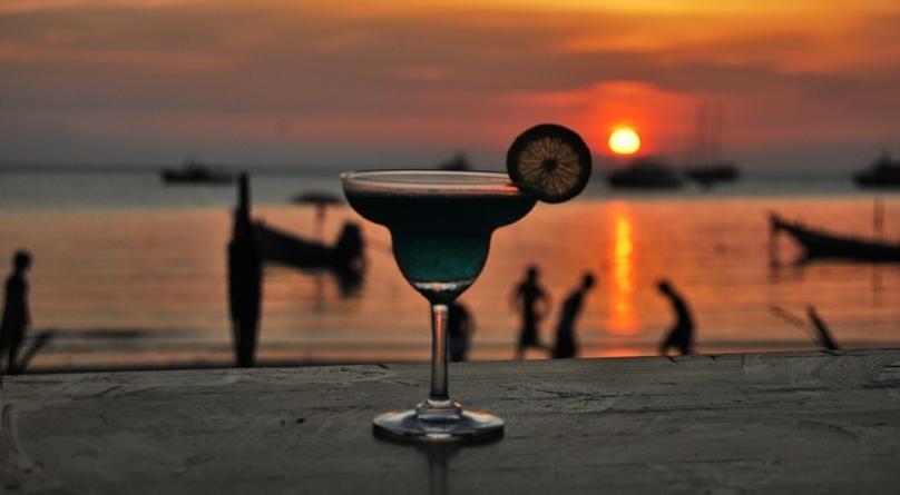 Que tal passar o réveillon em um praia linda, curtindo festas e atividades de lazer?